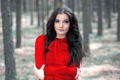 #2 Lady in red by IDMW  on 500px #beauty #photo #portrait #blackhair