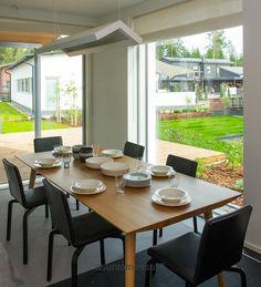 Jämerä-Onni - Ruokailutila | Asuntomessut astiat Iittala sarjaton