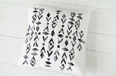 DIY cushion cover vol. Diy Cushion Covers, Cushion Ideas, Create And Craft, Cushions, Pillows, Screen Printing, Projects To Try, Make It Yourself, Crafty