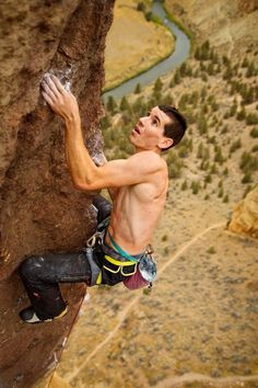 Alex Honnold #Climbing Would love to travel to Moab to get on some rock! :D