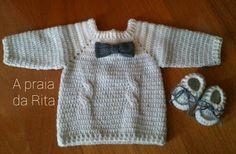 A praia da Rita: Camisola de crochet com laço para menino / Baby boy crochet sweater with bow tie