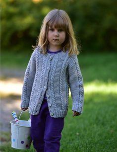 Tekstiiliteollisuus - teetee Sara neulottu lapsen jakku ilmainen ohje