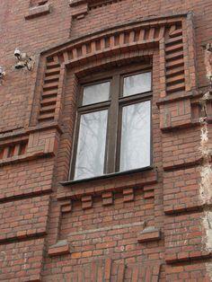 61 ideas exterior brick detail decor for 2020 Exterior Stairs, House Paint Exterior, Exterior House Colors, Exterior Cladding, Wall Exterior, Brick Architecture, Architecture Details, Victorian Architecture, Brick Archway