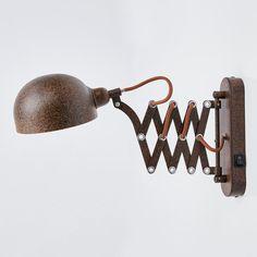 Curtis ist eine Wandleuchte aus Metall, die sich dank Scherenarm beliebig ausziehen lässt und daher optimal für die Verwendung in der Nähe einer Sitzgelegenheit und zum dortigen Lesen geeignet ist. Der Schalter befindet sich direkt am Leuchtengestell. Artikelnummer: 4018142 Hersteller: LINDBY Material: Metall Farbe: rost, gold Breite: 13 cm Höhe: 23 cm Tiefe: max. 57 cm Sonstige Maße: Wandhalterung - Breite 5 cm, Höhe 20 cm Leuchtmittel inklusive: Nein Fassung: E14 Leuchtmittel: 1 x 40 W Dimmbar Rust Color, Gold Leaf, Light Up, Wall Lights, Curtains, Boutique, Kitchen, Products, Matte Gold