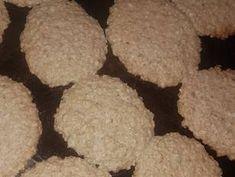 Galletitas de avena facilísimas❤ Receta de Micaela A - Cookpad Cookies, Desserts, Food, Cookie Recipes, Afternoon Snacks, Crack Crackers, Tailgate Desserts, Deserts, Biscuits