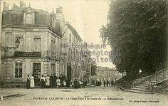 Fontenay-le-Comte (Vendée) – La Place Viète à la route de La Chataigneraie. Le café de la Porte Saint-Michel. Cachet postal : 1916