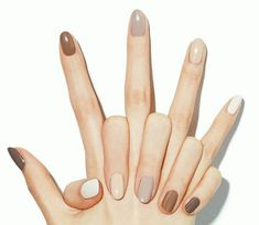 For spring 2019 the more nail polish colors you wear the better. Here's how to wear different color nails gradient nails multicolored nails and mismatched nails for spring Neutral Nail Color, Fall Nail Colors, Nail Polish Colors, Neutral Tones, Manicure Colors, Neutral Nail Polish, Neutral Nail Designs, Polish Nails, Cute Nails