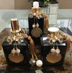 Love this idea. Antique Perfume Bottles, Vintage Bottles, Painted Wine Bottles, Bottles And Jars, Bead Crafts, Diy And Crafts, Reuse Containers, Altered Bottles, Vintage Design