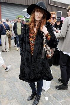Florence Welch at the 2013 Vauxhall Art Car Boot Fair - Celebrity Fashion Retro Fashion, Boho Fashion, Winter Fashion, Vintage Fashion, Vintage Style, Florence Welch Style, Hippie Style, My Style, Boho Style