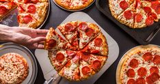 Frozen pizza is surely one of food preservation's greatest gifts. But aside from price and nostalgia, how does one decide on the best option? Healthy Pizza, Healthy Fruits, Healthy Dinner Recipes, Dog Treat Recipes, Dog Food Recipes, Fun Recipes, Pizza Recipes, Food Tips, Healthy Meals