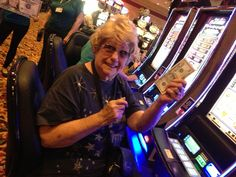 We put CASH right in your hand! #50s #cash #casino #fun