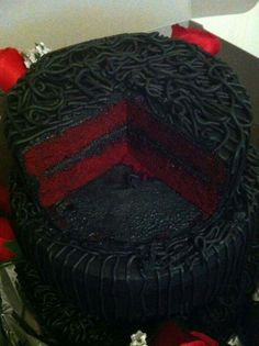 Red velvet and black wedding cake.Red and black / gothic Wedding Reception. I ca… Red velvet and black wedding cake.Red and black / gothic Wedding Reception. I can only imagine all of the wedding pics with a bunch of people with stained lips and teeth lol Gothic Wedding Cake, Gothic Cake, Black Wedding Cakes, Red Wedding, Wedding Pics, Red Velvet Wedding Cake, Red Black Weddings, Gothic Wedding Ideas, Vampire Wedding