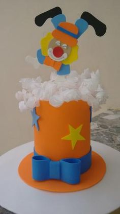 em Eva encomendas whatsapp 19-971286190 Marlene Circus Carnival Party, Carnival Birthday Parties, Carnival Themes, Circus Birthday, Circus Theme, Baby Birthday, Birthday Party Themes, Crazy Hat Day, Crazy Hats