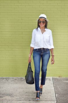 Blue Jeans, White Shirt and Nervous Mommy! #mules #whiteshirt #celinelookforless #lookforless #baublebar #panamahat