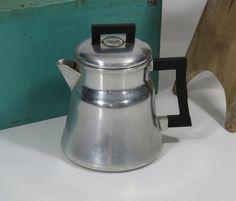 Wear Ever Aluminium Coffee Percolator Pot by 13thStreetEmporium, $15.00