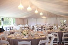 White w tan linens. Photography By / http://kstonephoto.com,Floral Design By / http://seasonsfloraldesign.com