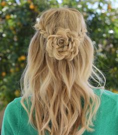 LACE ROSE HALF UP HAIRSTYLE