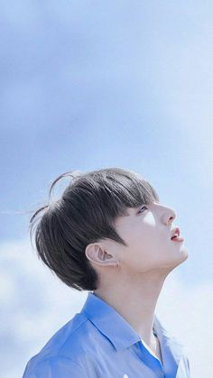 Foto Jungkook, Jungkook Oppa, Taehyung Gucci, Bts Aesthetic Pictures, Kpop, Bts Edits, Bts Group, Bts Pictures, Jikook