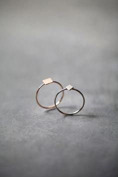 Anillos minimalistas geométricos