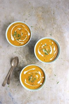 Golden Beet Soup with Roasted Garlic Cashew Cream | With Food + Love | #glutenfree #vegan