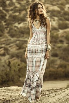 Anna Sui for O'Neill Women's // Cloud Burst Dress Gypsy Style, Bohemian Style, Boho Chic, Hippie Chic, Anna Sui, Beautiful Outfits, Cute Outfits, Dress Skirt, Dress Up