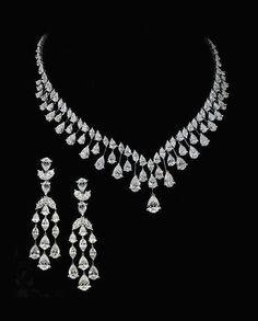 Weishu White Gold Plated Cubic Zirconia Diamond Necklace Women's 2 Carat CZ Solitaire Pendant Necklace – Fine Jewelry & Collectibles Diamond Necklace Set, Diamond Bracelets, Diamond Jewelry, Diamond Choker, Silver Jewelry, Boho Jewelry, Dimond Necklace, Fashion Jewelry, Jewelry Logo