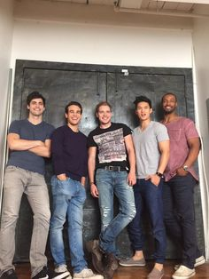 Here is the completed picture! Say hello to the Men of #Shadowhunters!
