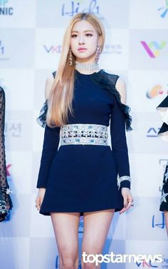 BLACKPINK 블랙핑크 Rosé ❤ so gorgeous~