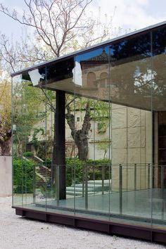 5021c7d828ba0d47c600002f_el-greco-museum-pardo-tapia-arquitectos_3-museo-del-greco-miguel-de-guzman.jpg (800×1200)