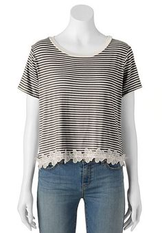 About A Girl Crop Striped & Floral Juniors' Top