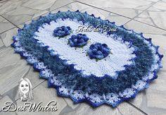 Tapete Babado Duplo Felpudo de crochê com flores <br>Confeccionado com barbante felpudo, barbante nº6