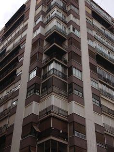 Cerramiento de terrazas y balcones, tras la modificación de la Ley de Propiedad Horizontal por Ley 8/2013.