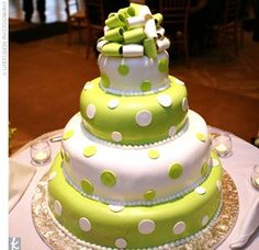Polka dots wedding cakes | The Wedding Specialists