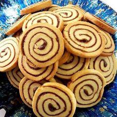 Lubie jak #ciasteczka , które przygotowuję z kursantami nie tylko świetnie smakują, ale i cudownie wyglądają! Te właśnie takie były! Robiliśmy je pierwszy raz na kursie i zrobiły furorę! Dziś je przygotowuję  w domu i już niedługo pojawia się na blogu! Chcecie? ❤❤❤ . #cookies #ciastka #cookies🍪 #cookiessf #cinnamonrolls #cinnamon #rolls #instacookies #cookiesofinstagram #cookiesofinstagram #sweetcookies Inka, Ale, Cookies, Food, Biscuits, Meal, Ale Beer, Essen, Cookie Recipes