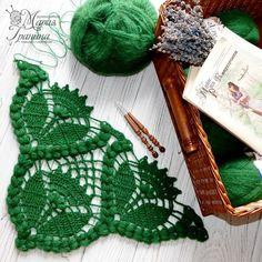 No photo description available. Crochet Motifs, Crochet Shawl, Crochet Doilies, Crochet Stitches, Knit Crochet, Crochet Home, Irish Crochet, Crochet Baby, Free Crochet