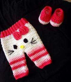 Not the size you need? I accept special orders! ---- This listing is for Hello Kitty pants w/booties Set Includes: (as pictured) Made in the
