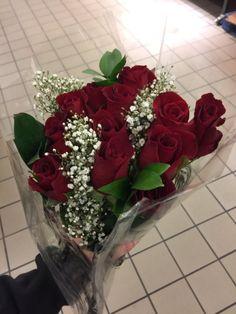 Little Babies, Boyfriend Gifts, Cute Couples, Floral Wreath, Wreaths, Pretty, Plants, Beautiful, Bouquets