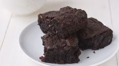 Dr. Joel Fuhrman's Fudgy Black Bean Brownies and Banana Treat | The Dr. Oz Show (without walnuts or raspberries, recipe =~1310)