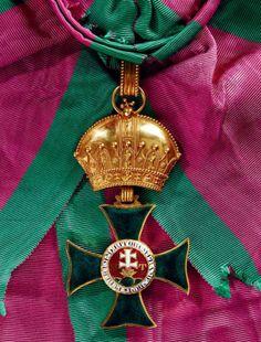 Saint Stephen Order, Grand Cross set of insignia; breast star, sash badge, 'kleinen Dekoration' badge, 1840-1850, Firma Rothe & Neffe, Vienna. 05