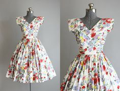 Vintage 1950s Dress / 50s Cotton Dress / Maggi Stover Colorful Floral Dress w/ Ruching XS/S
