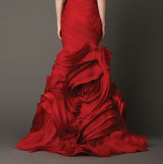 Vera Wang, A Rose Is A Rose, Is A Rose, Is Gorgeous!