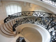 Superb staircase and beautiful wrought iron work