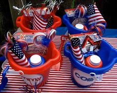 Need frugal and fun of July party ideas? These patriotic party decorations and festive food are perfect for your Independence Day celebration! 4th Of July Celebration, 4th Of July Party, July 4th, 4th Of July Ideas, Fourth Of July Food, 4. Juli Party, Independance Day, Happy Birthday America, July Birthday