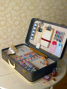 great use of vintage suit cases!