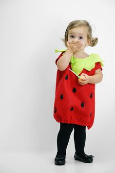 Easy Strawberry Costumes for the Whole Family