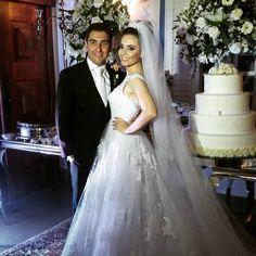 Os noivinhos Marluí & Paulo (@marlui_r) contaram com o acompanhamento da @palazzocerimonialeeventos ! O casamento foi perfeito! #vivavoucasar #casamento#weddinginspiration #wedding #casar #bride #bridal #ido #weedibglovers #inspiration #noiva #noivas #noiva2016 #noiva2017 #noivo #ideiasparacasamento #inspiracaocasamento #vestidodenoiva #madrinhadecasamento #brides#weddingdress #savethedate  #palazzocerimonial #cerimonial #sonhos