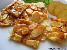 Almond Flakes Brittle (Crocante). Salivating.... | All things Italian ...