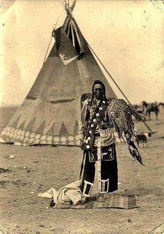 Blackfoot ( Kainai ) man in Alberta 1912
