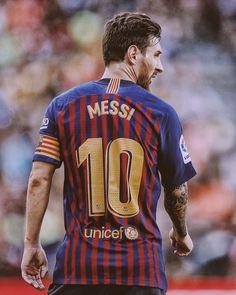 Messi left to score 2 goals to overcome the mark of 400 goals in La Liga 🇪🇸 Lional Messi, Messi And Ronaldo, Ronaldo Juventus, Neymar, Lionel Messi Biography, Fc Barcalona, Cristiano Ronaldo Portugal, Lionel Messi Wallpapers, Lionel Messi Barcelona