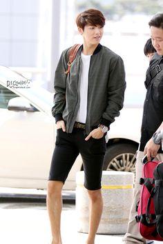 Post with 35726 views. Korean Star, Korean Men, Asian Men, Korean Celebrities, Korean Actors, Korean Celebrity News, Men Street Look, Street Style, Lee Hyun